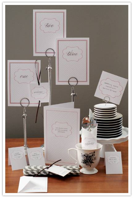 Guest Post: Printable Wedding Day Details by Chelle Paperie