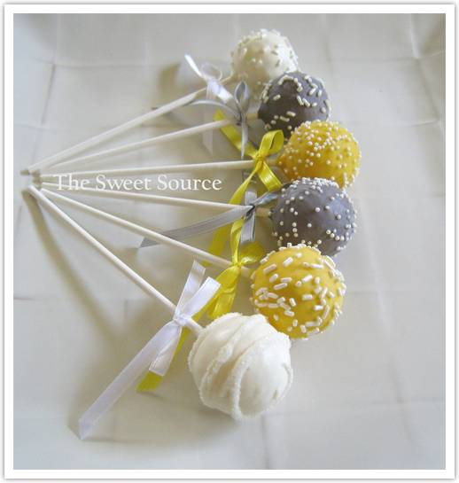 cakepops2 Something Sweet from TheSweetSource