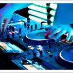 Hot Topic: A DJ or Live Band for your Reception