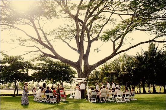 Tips to Stave Off the Sweat for Outdoor Summer Weddings