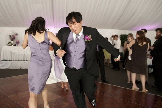Wedding Song Choices When You're an Alternative or Rock Lover