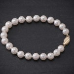 "The ""Start-Her"" Pearl Necklace: The Perfect Gift for the Flower Girl"