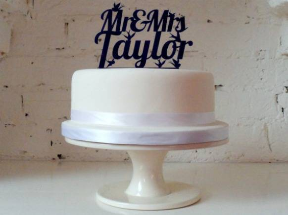 cake topper Great Alternatives for the Traditional Cake Topper