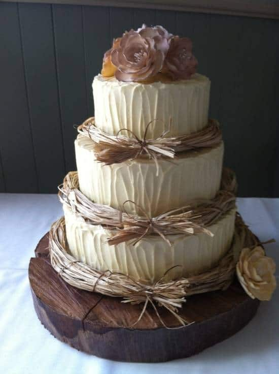 Rustic Neutral Wedding Cake