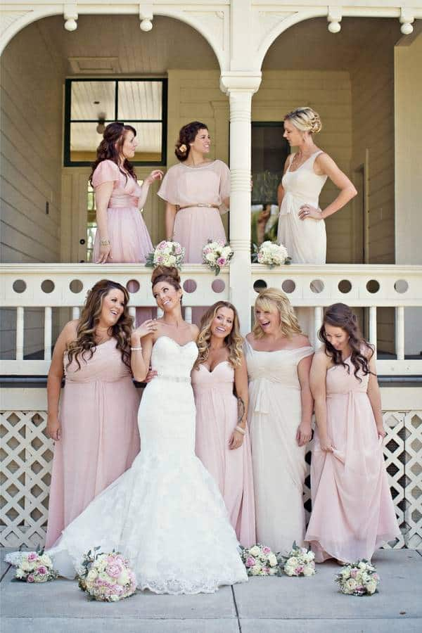 382d0eebbc17dae29a1d322e3713fe80 Choosing Your Bridesmaids Dresses