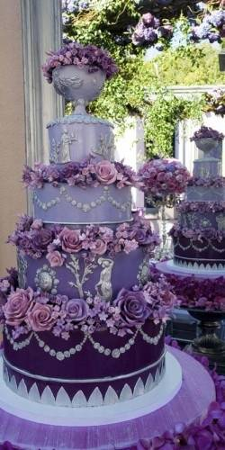 759e96ed45b664f637bdaff2b04d7b66 Cakes of Many Colors: Beautiful and Colorful Wedding Cakes