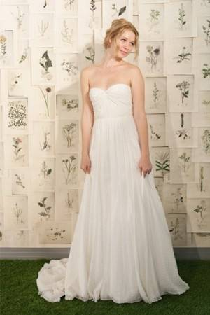 Sleeveless and Cascading Wedding Dress