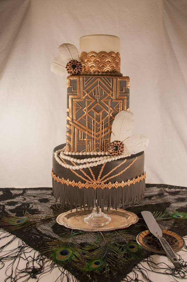 Gatsby and Flapper Theme Wedding Cake