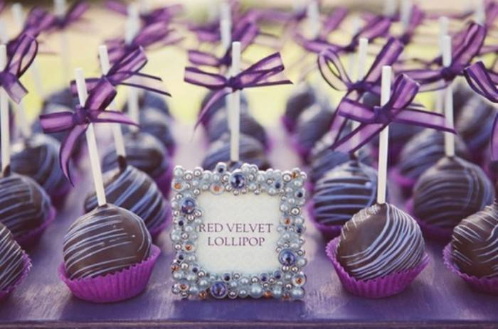 Purple Wedding Snacks 700x463 Stunning Purple Wedding Theme Ideas