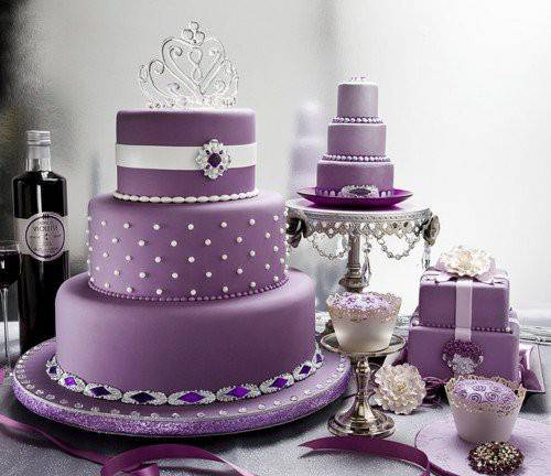 wedding cake purple Stunning Purple Wedding Theme Ideas