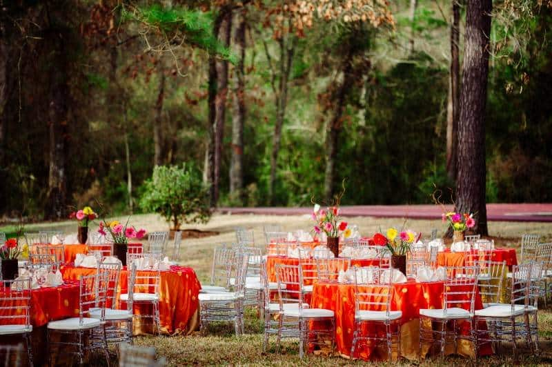 9Singh Bhatt Caroline  Ben Photography submission22 A Joyful Outdoor Indian Wedding   Simply Gorgeous