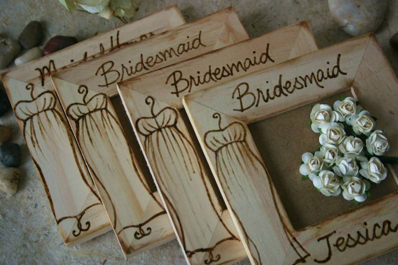 bridesmaid frames 800x533 5 Fun Personalized Bridesmaids Gift Ideas