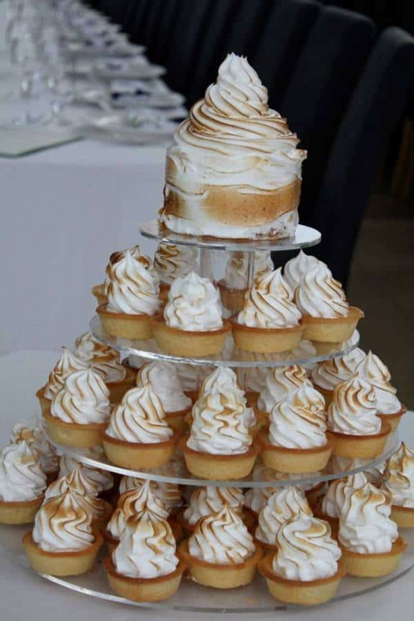 X Alternatives to Traditional Wedding Cakes
