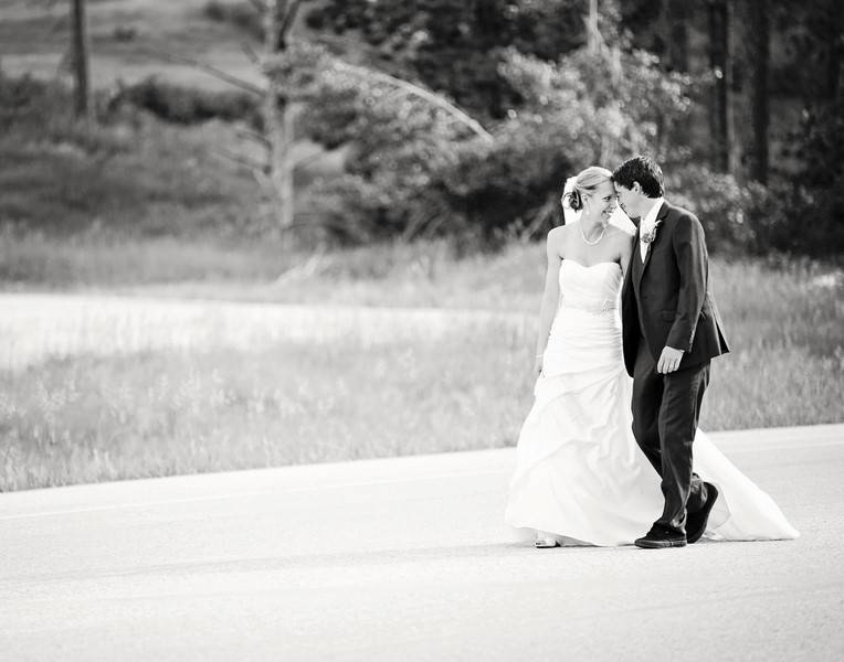 Berry_Treinen_Cadey_Reisner_Weddings_IMG1135bw_low