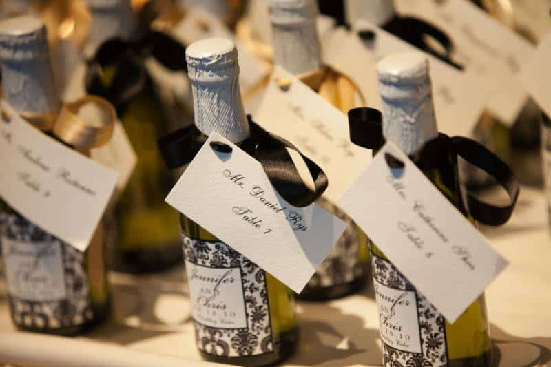 32 6 Winter Wedding Favor Ideas