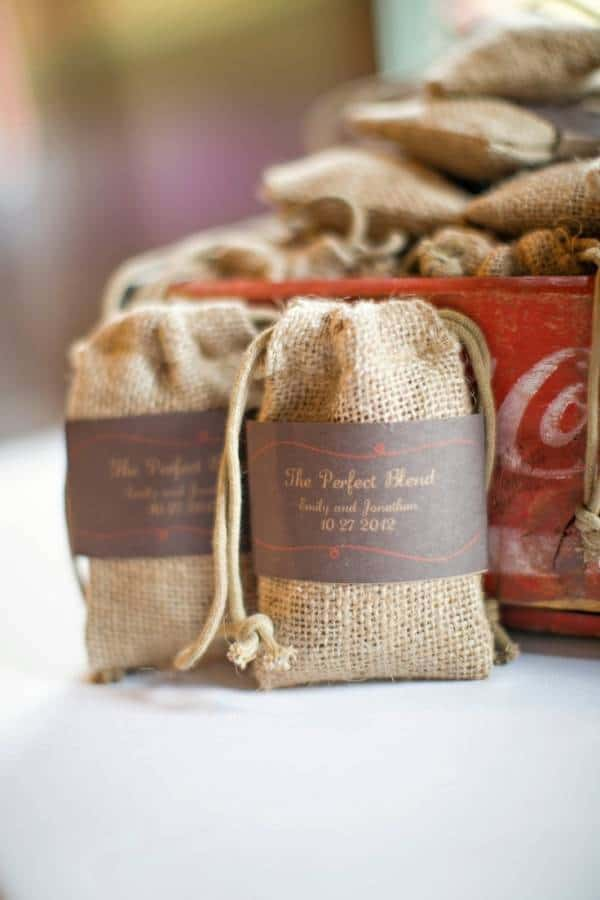 53 6 Winter Wedding Favor Ideas