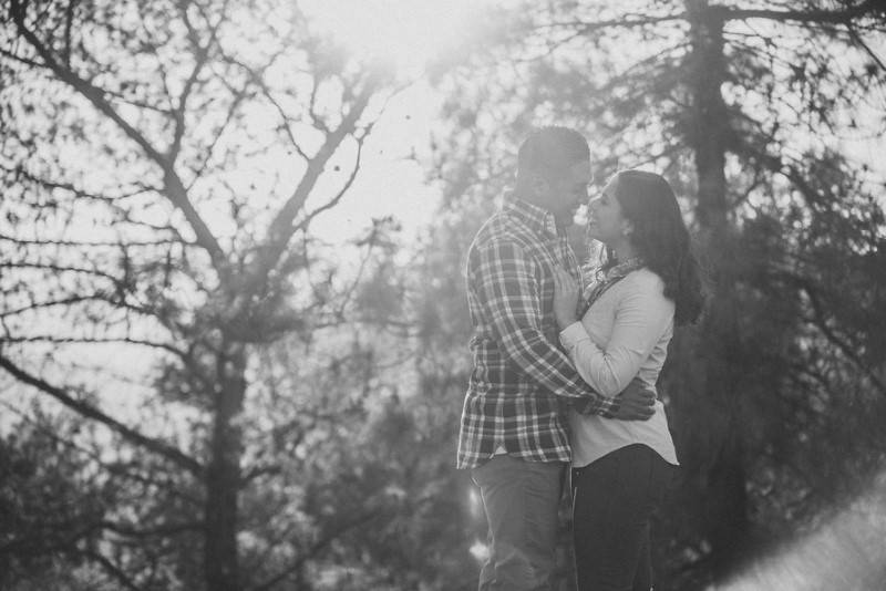 Duarte_Penate_Elmer_Escobar_Photography_BeautifulGriffithParkEngagementPhotosEstherandSteve14_low
