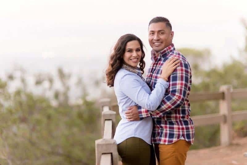 Duarte_Penate_Elmer_Escobar_Photography_BeautifulGriffithParkEngagementPhotosEstherandSteve89_low