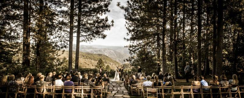 10 A Wedding Under $10,000 – Is It Possible?