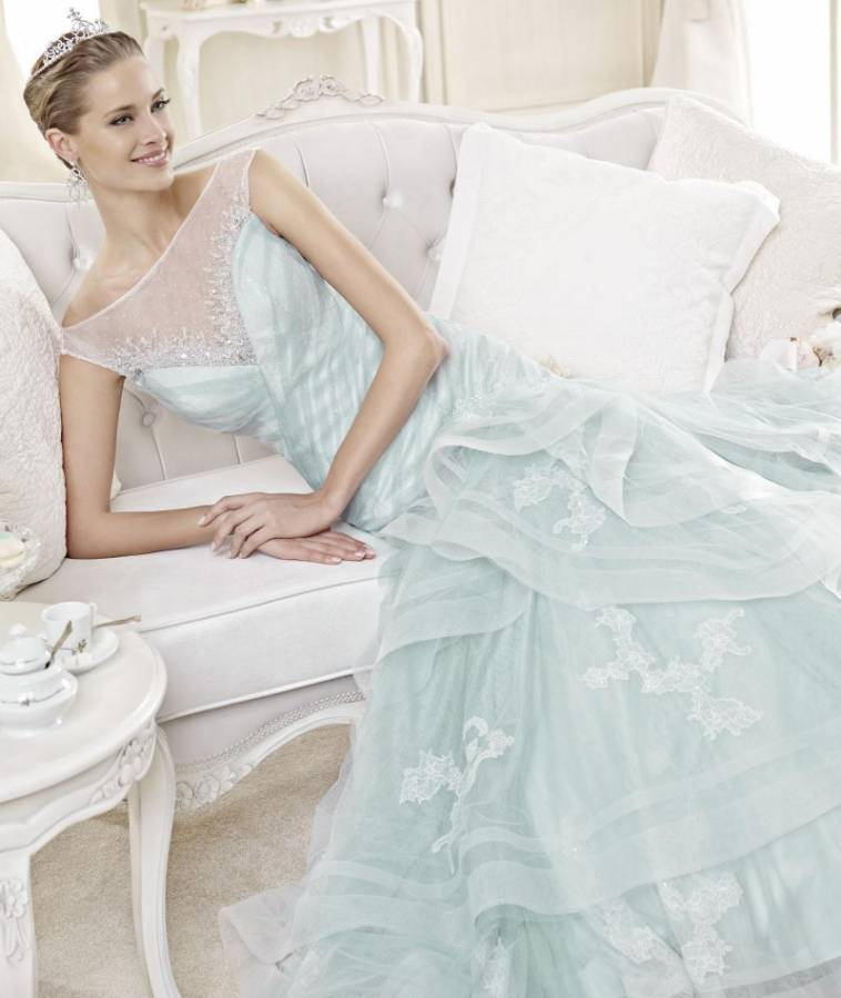 28 Upcoming Wedding Dress Trends for 2015