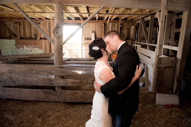 Bacon Taber BSharp Photography 115Taber low 800x533 Hilary & Jordan   The Country Welcomes Fall