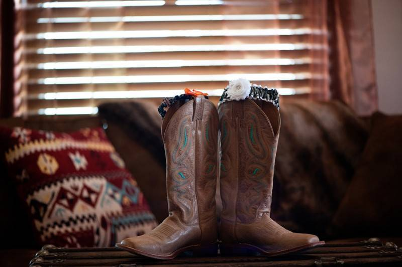 Bacon Taber BSharp Photography 35Taber low 800x532 Hilary & Jordan   The Country Welcomes Fall