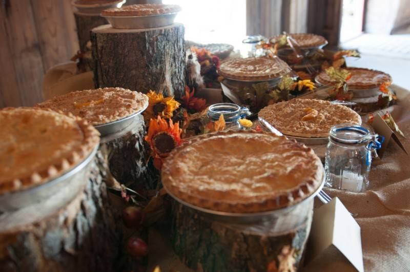 Bacon Taber BSharp Photography 649Taber low 800x531 Hilary & Jordan   The Country Welcomes Fall