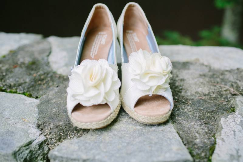Burrage Lance Amber Hatley Photography F70A8605 low1 800x533 October Favorites   Flowers, Shoes, Dress, Décor and more