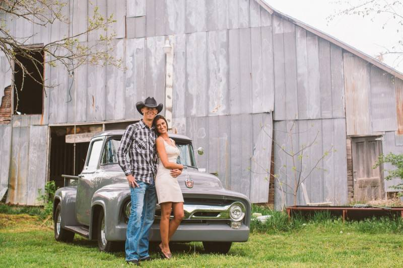 Palmer Boling La Brisa Photography 20140427 m26a 001 low 800x533 Alana & Matt   Simple Country Engagement