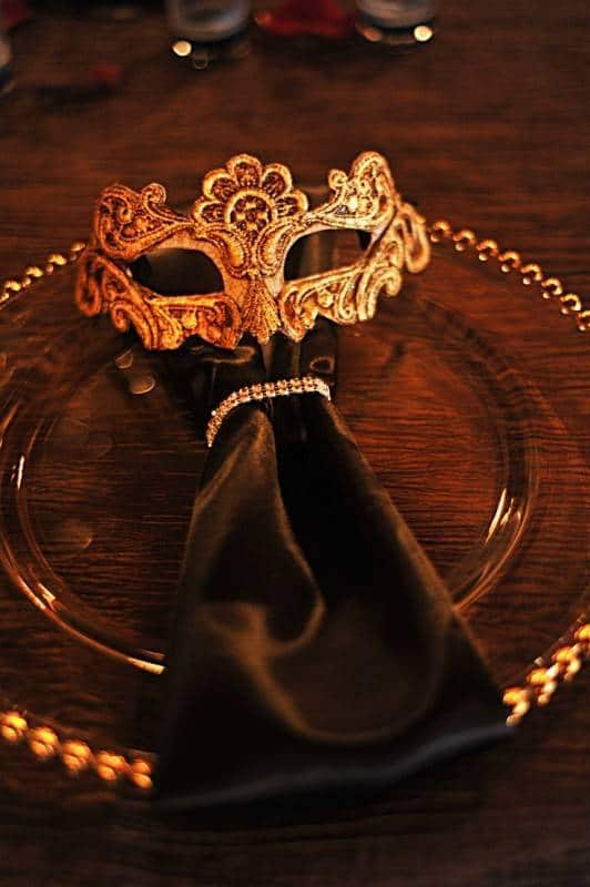 Stunning Masquerade Wedding Theme