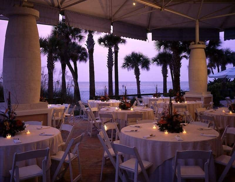 4 Stunning Summer Wedding Venues in the US