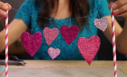 diy glitter heart cake topper
