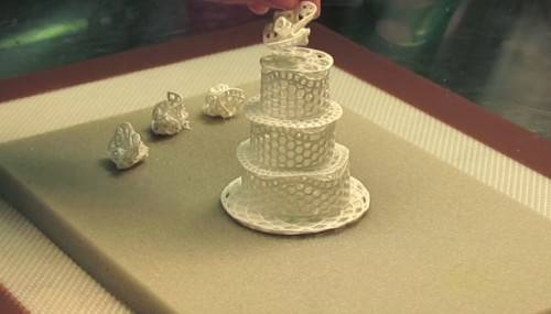 diy three-tier cake topper using sugerveil