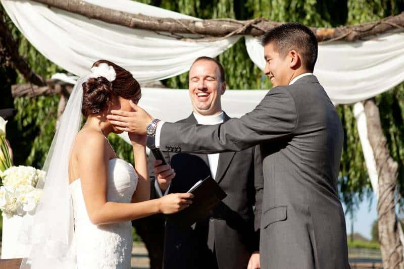 Wedding Photographs Sure to Make You Cry