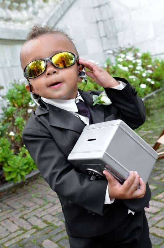 nj-wedding-groomsmen-ring-bearer-secret-agent
