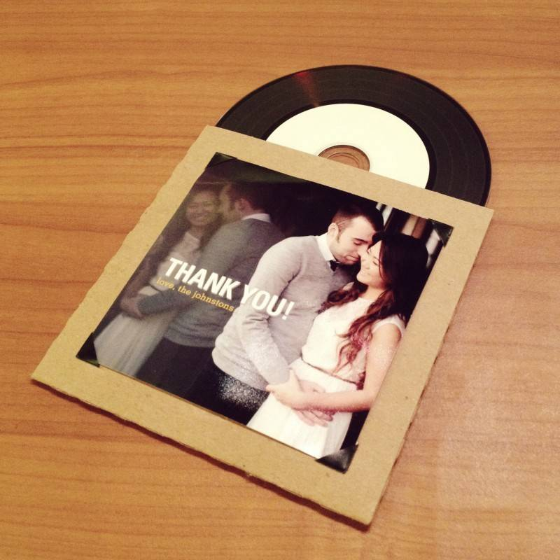 CD-Favor-with-Instagram-Prints-DIY-1