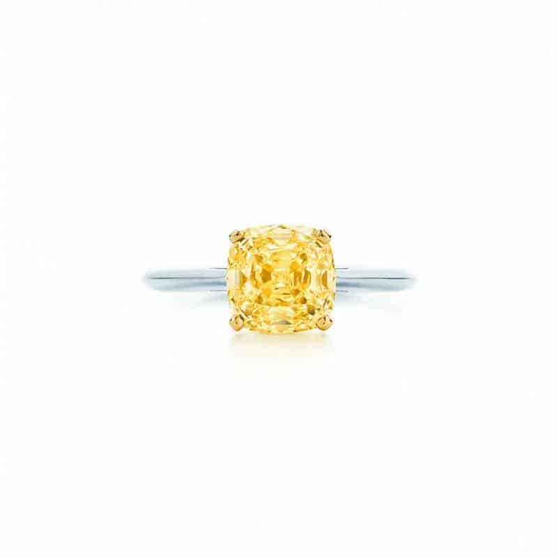 classic-single-yellow-diamond-ring-27725929_931757_ED_M