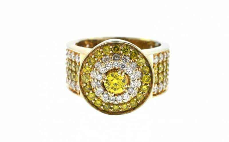 yellow-gold-diamond-ring-1