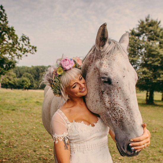 Horse-in-Wedding