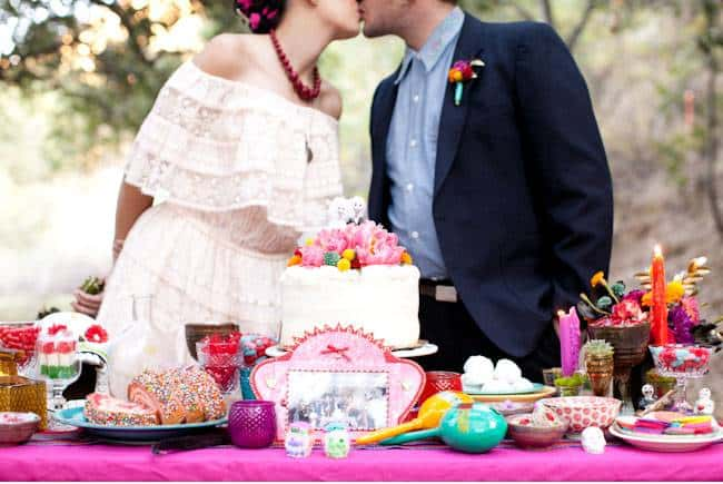5 Ways to Add Pops of Color to Your Wedding