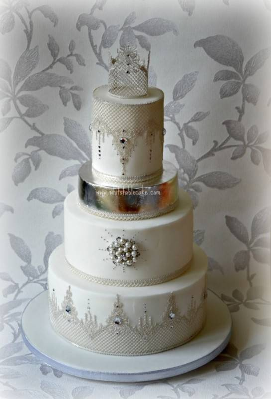 Photo by The Whitstable Cake Company | www.whitstablecake.com