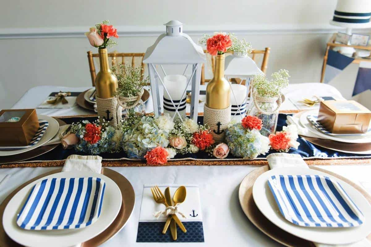 DIY Wedding Decorations For Every Budget - Nautical Theme Table Decor
