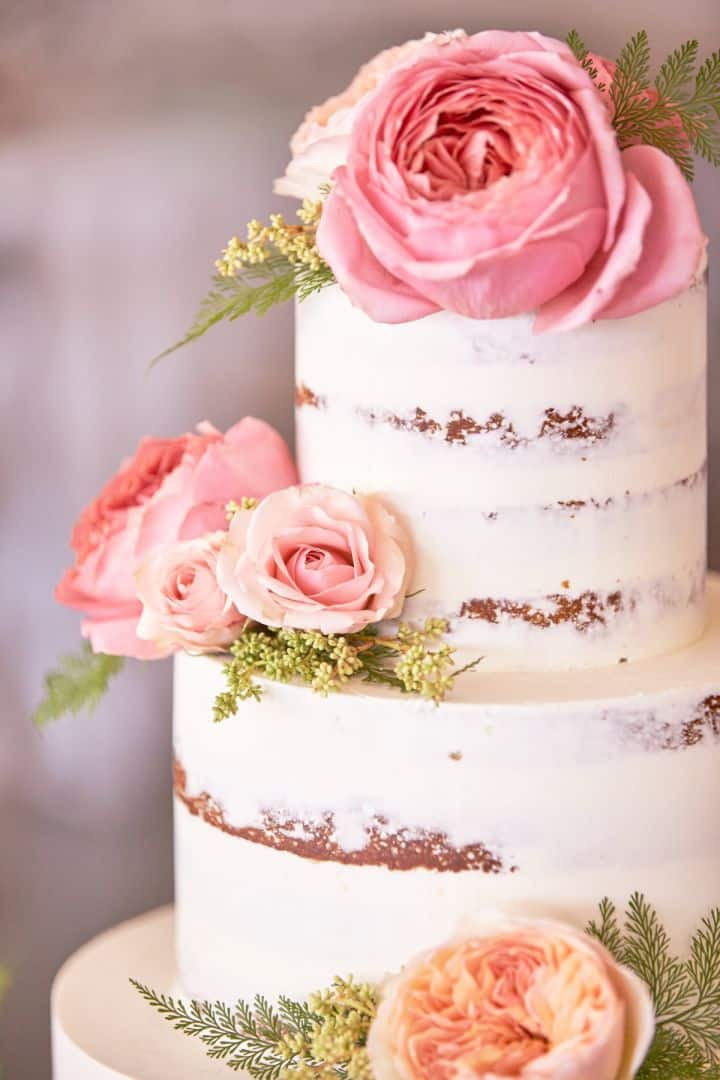 5 Beautiful Summer 2016 Wedding Cake Ideas