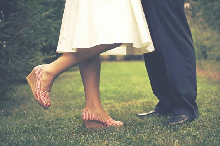 Tips For Choosing The Right Shoes For Your Outdoor Wedding