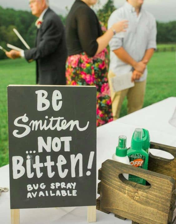 Clever DIY Idea For Outdoor Wedding: Be Smitten Not Bitten