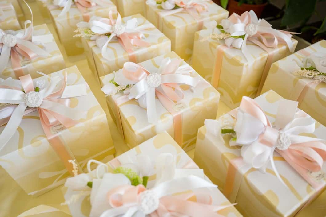 What To Consider When Looking For The Perfect Wedding Favors