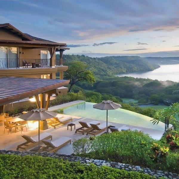 Honeymoon Destination: Costa Rica