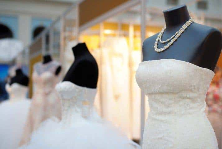 Why Is It Worth Visiting Wedding Shows and Fairs?