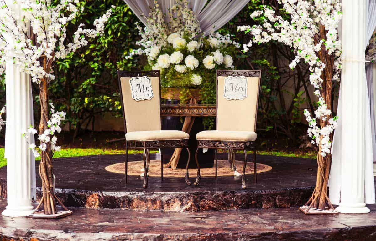 Garden Wedding Decor Every Outdoor Bash Needs